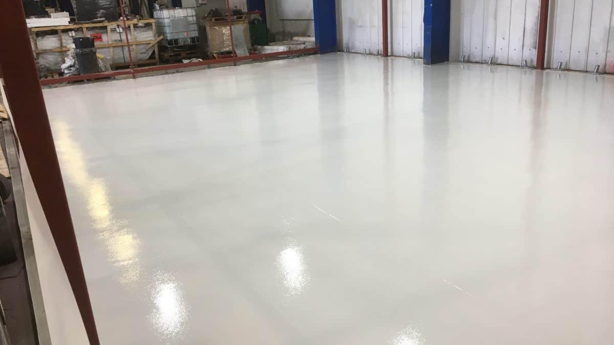 Durable resin industrial floor